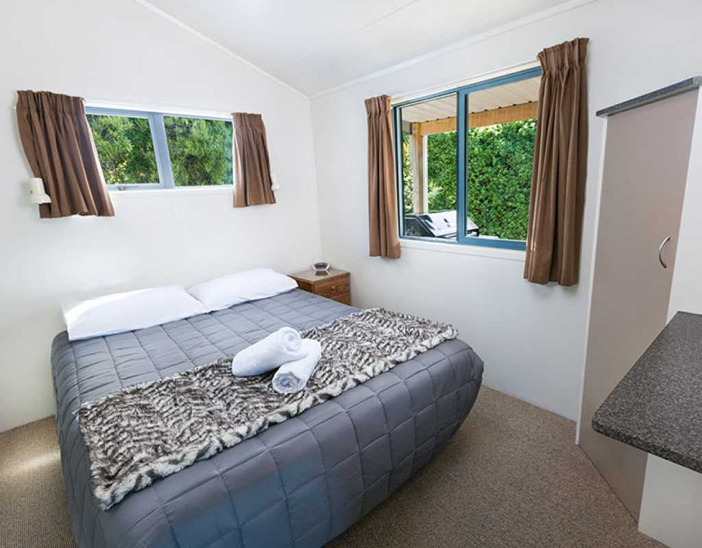 Stay Overnight in Christchurch - North South Holiday Park