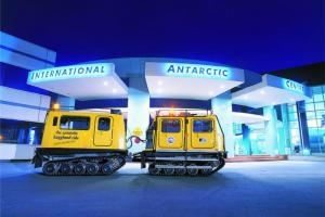 Antarctic Centre - North South Holiday Park