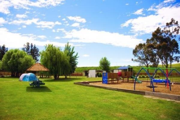 Holiday Park Christchurch close to International Airport